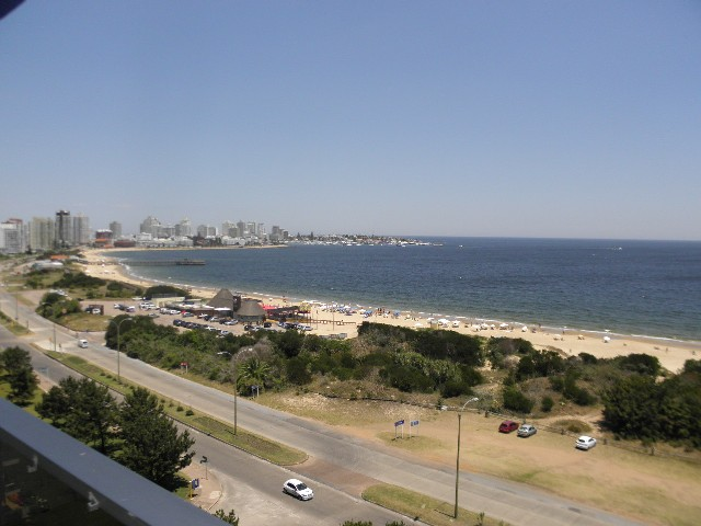Frente al mar, excelente vista a Playa Mansa